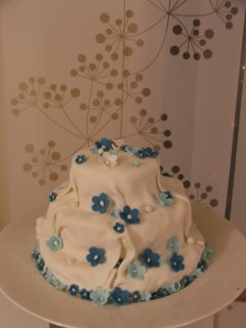 Silk and Flowers Cake 1